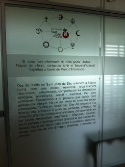 Information and guidelines of use for the 'silent room' in a Spanish hospital